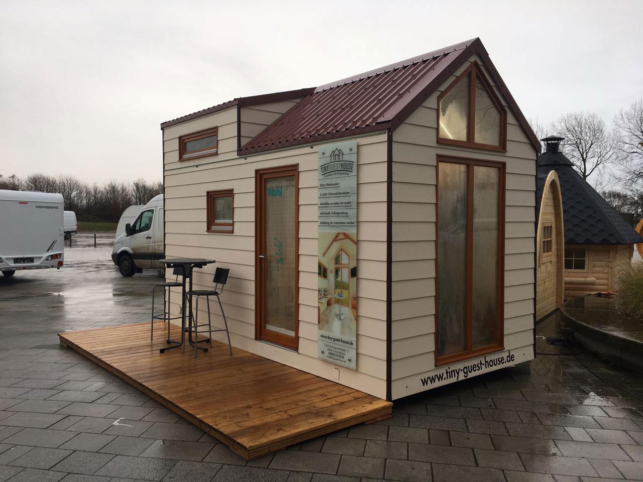 Tiny-House by Woehltjen draußen